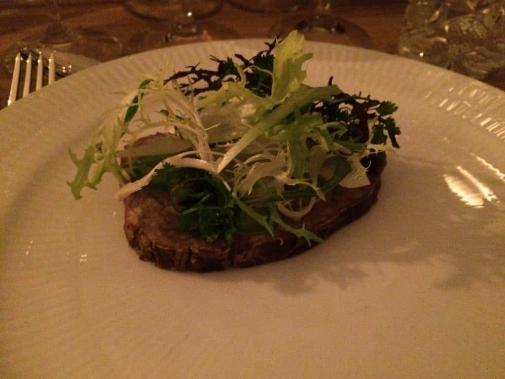 Paté de campagne, hjemmerørt estragonmayonaisse, syltet grønt & urter